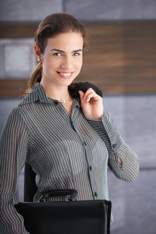 Gut gekleidet zum Bewerbungsgespräch